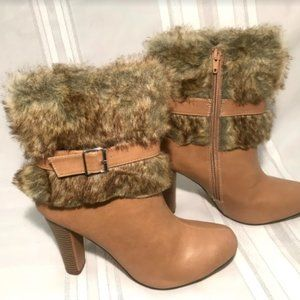 Chase & Chloe Faux Fur Heeled Boots Shoes Zip Up 9